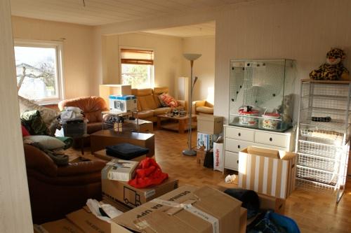 flyttkaos vardagsrum