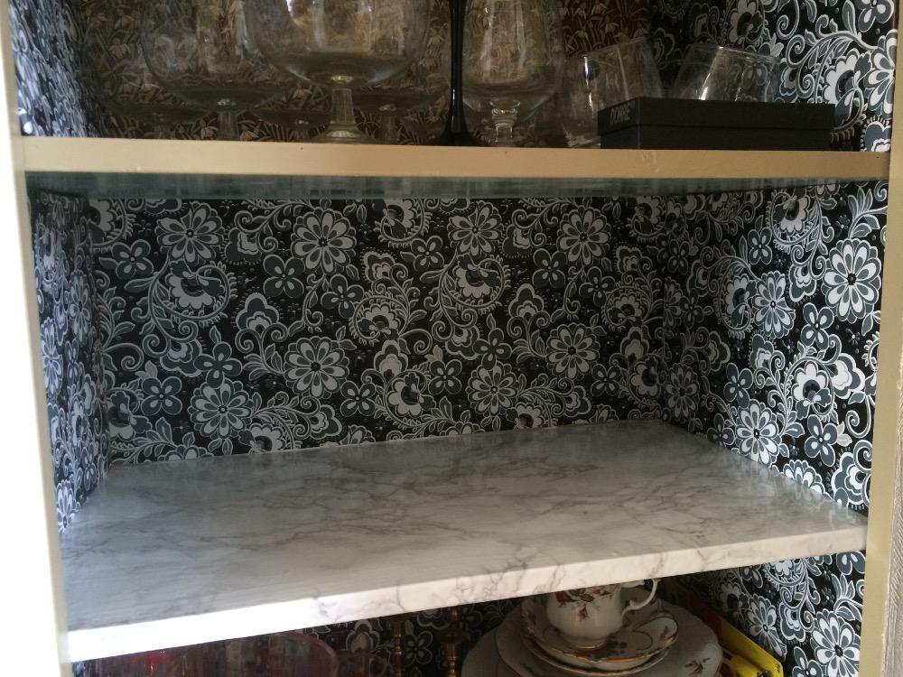 renovering glasskåp1c